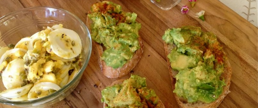 Avocado Toast with Boiled Egg Gribiche