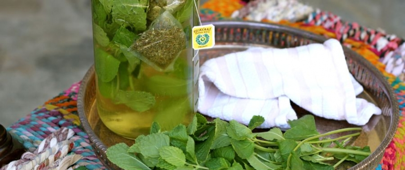 Sweet Mint Sun Tea